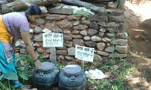 The different kinds of Jholmal Sita Neupane prepares and uses in her cucumber patch. (Ramdeo Sah/CEAPRED)