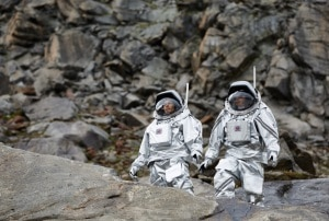 Analog astronauts walking on a glacier in Austria (source: Österreichisches Weltraum Forum/Flickr).